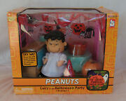 New Sealed Memory Lane Lucy At The Halloween Party Set Peanuts Great Pumpkin