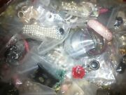 Lot 300 Mixed Vintage Plastic,wood Jewelry Bead Necklaces,bracelets And More