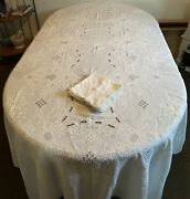 Vintage White Embroidered And Lace Linen Tablecloth 98x64 And 11 17x17 Napkins