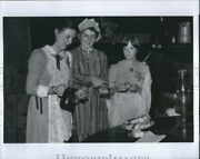 1979 Photo Women Chat Over Syrup Biscuits In Westville Ga 10x8