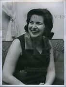 1971 Photo Mrs Richard Stoltz Pres Of Officersand039 Wives Club 6x8