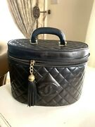 Cc Logo Cosmetics Vanity Black Quilted Vintage Made In France Code 10793
