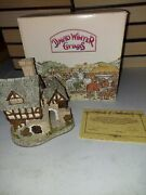 """•vintage 1983 David Winter """"the Bakehouse Centre Of Village With Box And Coa"""