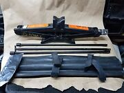 2015 Titan Spare Tire Jack And Lift Tools 99550zq02a
