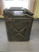 Us Military Water Can Jerry Can Gas Can Vintage Equipment Inside Needs Sandblast