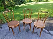 Antique Kohn And Mundus Czechoslovakia After Thonet Bentwood Bistro Chairs 3