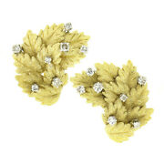 Vintage 18k Gold 0.50ctw Diamond Detailed Textured Leaf Cluster Clip On Earrings