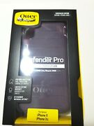 Otterbox Defender Series Case For The Iphone X And Xs With Belt Clip