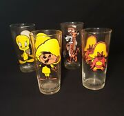 4 Vintage Looney Tunes 1973 Pepsi Collector Series Glasses 6 1/4 Tall 1