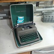 Vintage Royal Quiet De Luxe Portable Manual Typewriter W/ Case, Extra Ribbons