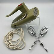 Vintage Ge General Electric Hand Mixer 3 Speed Avocado Green D4m47