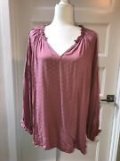 Nwt Old Navy Long Sleeved Gathered Wrist V Neck Patterned Pink Blouse, Plus 2x