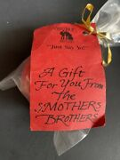 Vintage Promotional Wooden Smothers Brothers Yoyo Man-original Bag/tag