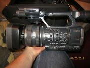 Sony Hdr-ax2000 Hd Video Camera With Zoom And Focus Remote + Accessories