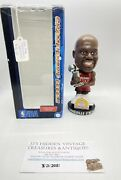 Forever Collectibles Shaquille Oneal Bobblehead