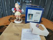 Hummel Goebel For Mommy Figurine First Issue 2006 Tmk-8 Oe Flower Plaque Pin Mib