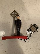 Vintage Lionel Electric Trains Operating Watchman No. 1045 O-27 Gauge Used Inbox