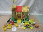 Fisher Price Little People 993 Castle Dragon Play Family Queen Knight S Queen T