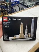 Authentic Lego Architecture New York City 21028 598 Pieces Brand New