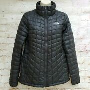 Nwt The Womenand039s Thermoball Trekker Jacket Black Size Mlxl