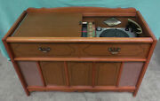 Magnavox 2st294 Am Fm Micromatic Turntable Stereo Tube Console 1961 Mid Century
