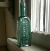 Pretty Teal Color 1880 Gargling Oil Lockportny Horse Liniment Cure All Bottle