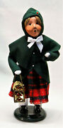 Byers Choice Girl From Family W/ Lantern Carolers - New 2021 - Free Shipping