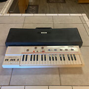 Vintage 1980s Casio Casiotone Mt-40 Portable Electric Keyboard Synthesizer