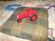 Cockshutt 70 Toy Tractor Moline Whiteoliver 1/16
