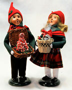 Byers Choice Christmas Sweets Boy And Girl Carolers - 2021 Free Priority Shipping