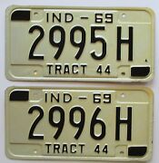 Indiana 1969 Consecutive Number Tractor License Plates Superb 2995h And 2996h