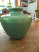 "MATT GREEN VINTAGE POTTERY VASE 5 3/4""HIGH UN MARKED"