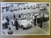 12 By 18 Black And White Picture Ford 1940 Ford Afl Strikers Ford Motor Company
