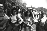 Garry Winogrand Women Are Beautiful C. 1970 / Silver Print / Signed / Gw08