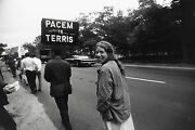 Garry Winogrand Women Are Beautiful C. 1970 / Silver Print / Signed / Gw66