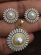 Pave 6.14 Cts Round Brilliant Cut Diamond Pearl Pendant Earrings Set In 18k Gold