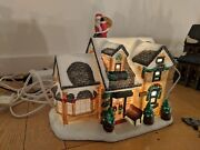 2001 United States Starbucks Holiday House With Lighting