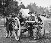 1865 Civil War Photo Of Northern/union/federal Soldiers And Black Powder Cannon