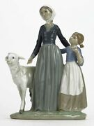 Retired Lladro Ladro Mother With W/ Child And And Lamb Group Figurine 5299 1