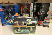 Lost In Space Robot 4 Pc. Set / Metal Lunch Box Nib