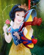 Disney World Snow White Signature Shoe Ornament. Brand New With Tags. Retired