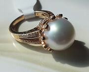 """Ring """"crown""""13mm White South Sea Pearland .50ct Diamond 18k Gold, 10.16 Grams"""