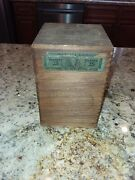 Vintage El Producto Queens Wooden Cigar Box With Dovetail Joints Colorful Label