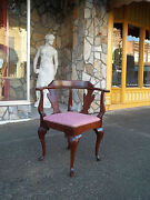 Fantastic Queen Anne Corner Chair In Mahogany By The Statesville Chair Co 20thc