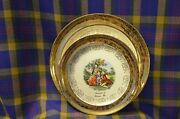 Pair Of Vtg Sabin 22kt Crest-o-gold Plates W/historical Dressed Couples-wausau,