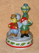 Vintage Christmas Schmid Kitty Cucumber Three Carolers By Light Post