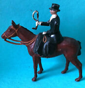 Britains Fox Hunting Lady Riding Side Saddle Standing Horse Lead Toy