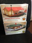 Bachman Lighted Frieght Station And Lighted Passenger Station Ho Scale