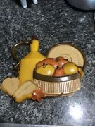 Vintage 1981 Homco Syroco Kitchen Fruit Basket Wall Plaque - Made In U.s.a.