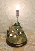 Thomas Kinkade Everett's Cottage Lamp In Good Pre-owned Condition